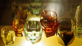 水晶玻璃在Moser玻璃制造业 免版税库存照片