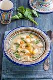 智利奎奴亚藜汤用乳酪和牛奶 图库摄影