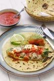 智利relleno (被充塞的辣椒)炸玉米饼,墨西哥烹调 免版税库存照片