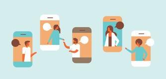 智能手机闲谈起泡流动应用沟通的讲话对话人妇女字符背景画象 皇族释放例证