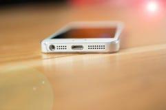 智能手机细节被打开在党 库存照片