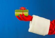 暂挂当前s圣诞老人的现有量 免版税库存图片