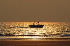 暑假钓鱼 图库摄影