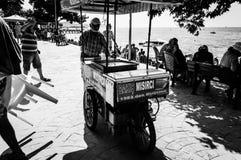 暑假镇海边街道在国家土耳其 图库摄影