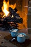 暖烘烘的热巧克力 免版税库存图片