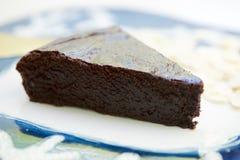 黑暗的巧克力蛋糕 图库摄影