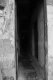 黑暗的巷道 图库摄影