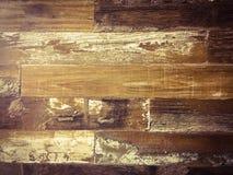 黑暗的有机木纹理 免版税库存照片