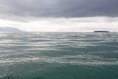 黑暗的海运 库存照片