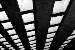 黑暗的渠道透视概念背景 图库摄影