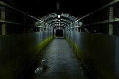 黑暗的隧道 免版税库存图片