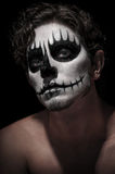 黑暗的面孔油漆 免版税库存照片