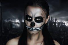 黑暗的骨骼 免版税库存图片