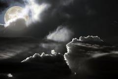黑暗的满月夜 库存照片
