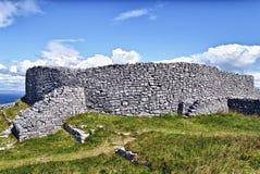 暗褐色Eochla, Inishmore,爱尔兰 免版税库存照片