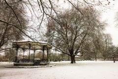 暴雪在贝得福得,英国 免版税库存照片