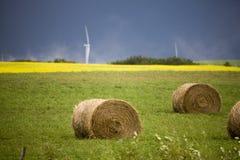 暴风云加拿大风力场 免版税库存照片
