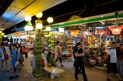 暹粒市夜市场,柬埔寨 免版税库存照片