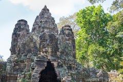 暹粒,柬埔寨-公寸10 2016年:胜利门在吴哥城 免版税库存图片