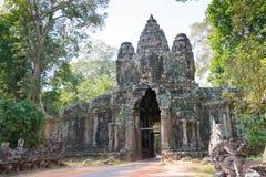 暹粒,柬埔寨-公寸10 2016年:胜利门在吴哥城 免版税图库摄影