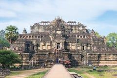 暹粒,柬埔寨-公寸10 2016年:Baphuon寺庙在吴哥城 库存图片