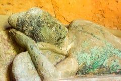 暹粒,柬埔寨- 2016年12月05日:在Baksei Chamk的菩萨雕象 免版税库存照片