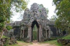 暹粒,柬埔寨- 2016年12月13日:死者的门吴哥Th的 免版税库存照片