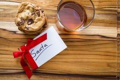 曲奇饼和威士忌酒圣诞老人的 库存图片