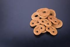 曲奇饼或手工制造被分类的曲奇饼在背景 免版税图库摄影