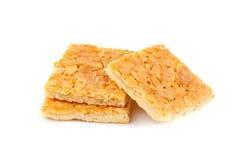 曲奇饼用在白色隔绝的杏仁 免版税库存图片