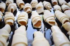 曲奇饼百吉卷用在盘子的果酱 库存图片