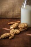 曲奇饼自创牛奶 图库摄影