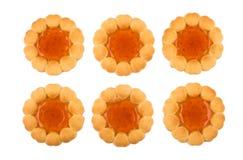 曲奇饼行用在白色背景隔绝的果酱 免版税库存图片