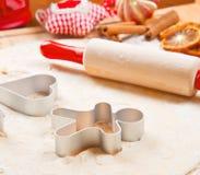 曲奇饼面团自创为圣诞节 免版税库存图片