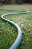 曲折的橡胶软管 免版税库存图片