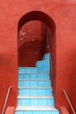 曲拱台阶 免版税图库摄影