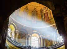 曲拱圆屋顶灯轴烈士教会圣洁坟墓耶路撒冷以色列 图库摄影