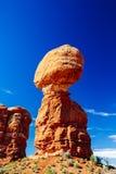 曲拱平衡了国家公园岩石美国犹他 图库摄影