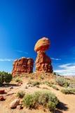 曲拱平衡了国家公园岩石美国犹他 免版税库存图片