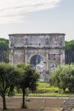 曲拱康斯坦丁罗马 免版税图库摄影