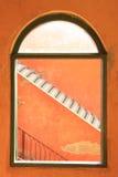 曲拱框架顶层视窗 库存照片
