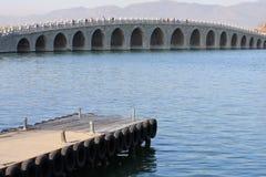 曲拱桥梁十七 免版税库存图片