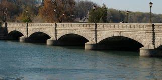 曲拱桥梁石头 库存图片