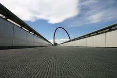 曲拱桥梁红色 库存图片