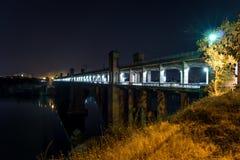 曲拱桥梁 库存图片