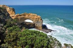 曲拱澳洲形成极大的海洋路 免版税库存图片