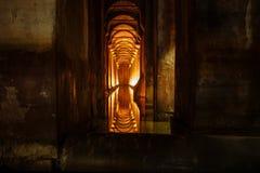 曲拱隧道 库存照片