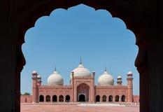 曲拱badshahi拉合尔清真寺巴基斯坦旁遮普& 库存照片