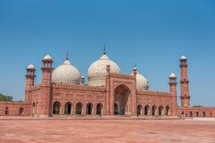 曲拱badshahi拉合尔清真寺巴基斯坦旁遮普& 库存图片