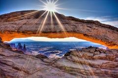 曲拱canyonlands mesa 库存照片